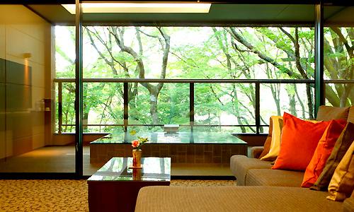 いつか泊まってみたい!贅沢な客室露天風呂の宿「強羅 月の泉」